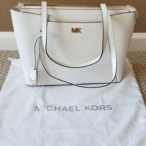Michael Kors Maddie Tote Optic White New With Tags